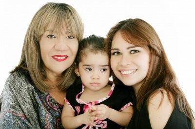 nonna, mamma e figlia