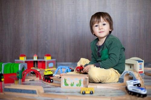 bambino-gioca ritardo psicomotorio