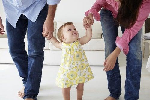 Aiutate il vostro bimbo a fare i primi passi