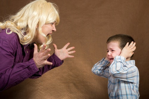 Se volete che i vostri figli vi ascoltino, imparate a gestire la rabbia
