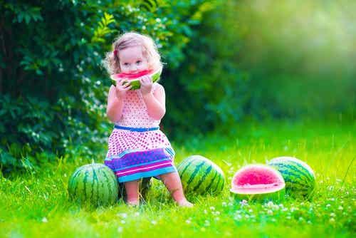 La dieta di vostro figlio cambia a due anni
