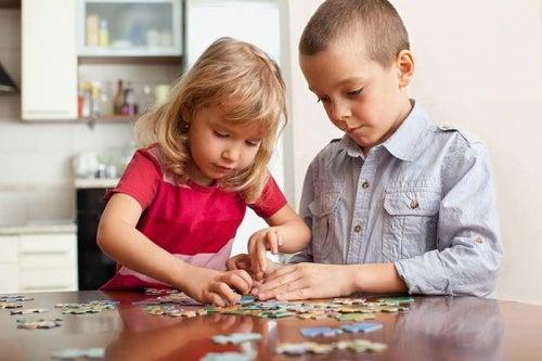 Come insegnare a vostro figlio ad essere generoso?