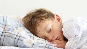 bambino-che-dorme