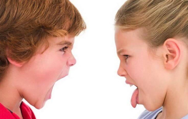 Figli aggressivi
