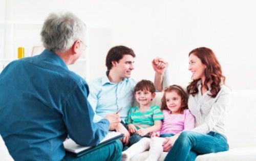 famiglia-riunita ordini