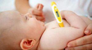 Se un bambino ha la febbre alta consultate il medico
