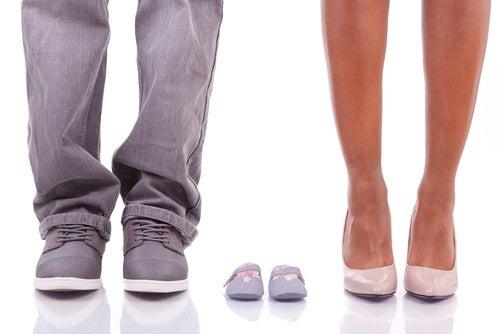 scarpe genitori e bambino calcolare i giorni fertili