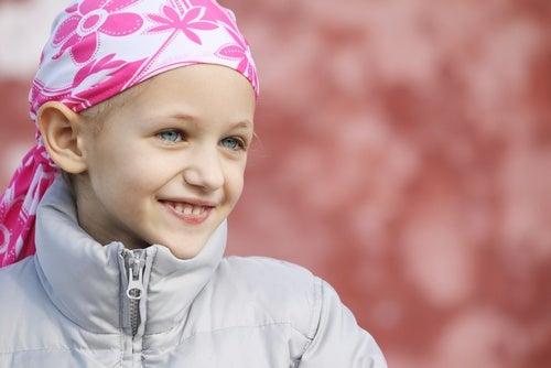 A quei piccoli supereroi che lottano contro il cancro infantile
