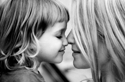baci-e-affetto-della-mamma