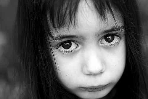 Come aiutare un bambino a gestire l'ansia?