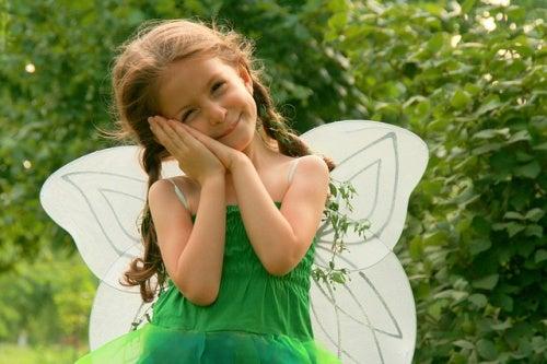 bambina-vestita-da-farfalla
