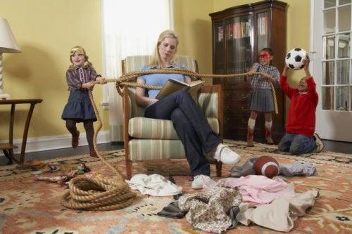 Perché i bambini si comportano male con i loro genitori?