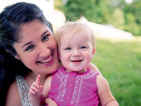 Il pianto della sua bambina l'ha fatta risvegliare dal coma