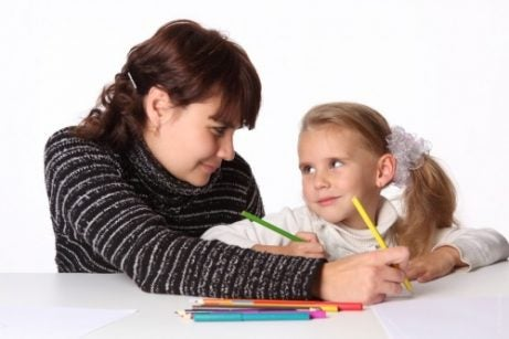 Madre e figlia scrivono.