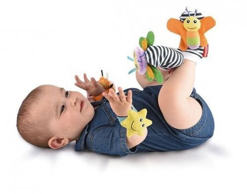 Le diverse tappe del gioco infantile