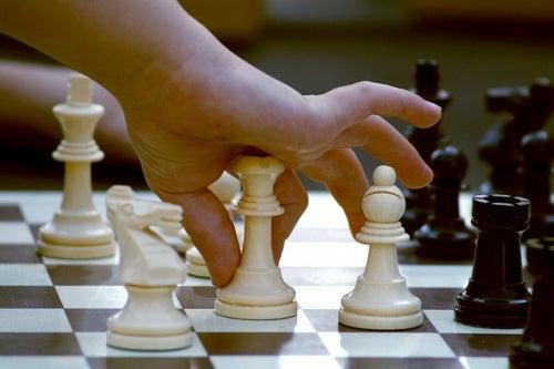 Gli scacchi: un ottimo modo per sviluppare il cervello