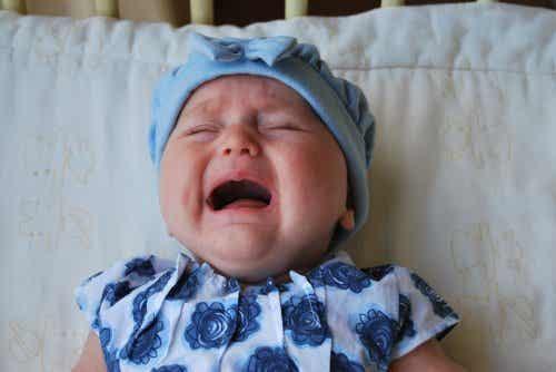 L'importanza di prendersi cura del bambino quando piange