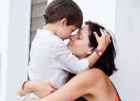 Il rifugio migliore per vostro figlio è un abbraccio