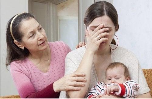 Madre, nonna e figlio