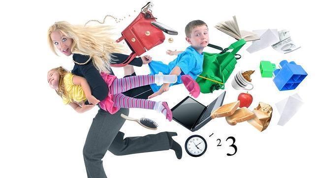 Cattive madri? Indaffarate tra lavoro, casa e bambini.