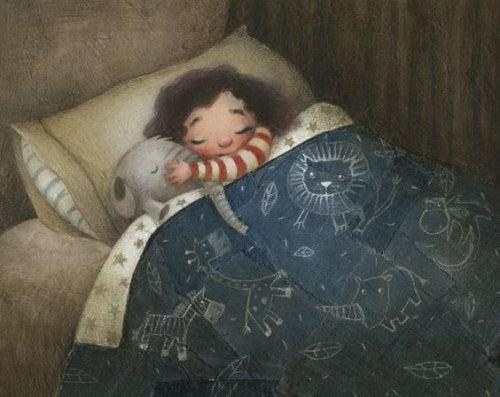 Una bambina dorme abbracciata a un peluche.