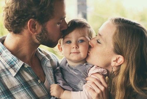 Anche il padre deve occuparsi della cura dei figli