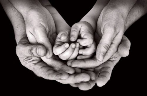 La cura del bambino riguarda tutti e due