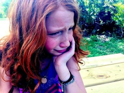assenza paterna, figlia triste
