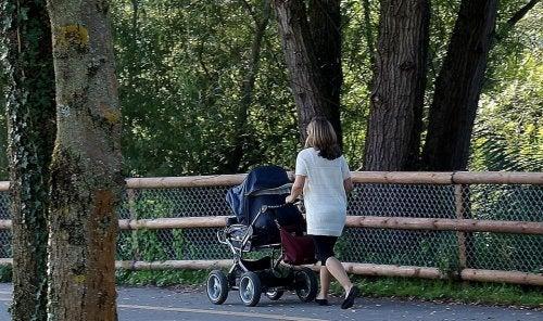 passeggiata con il bambino