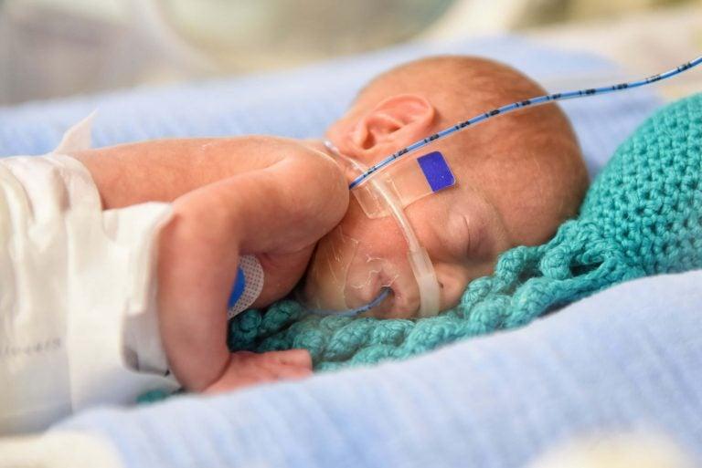 Bambini prematuri: aumenta il tasso di sopravvivenza