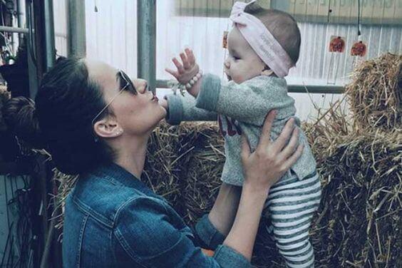 L'effetto della voce materna sul cervello dei piccoli