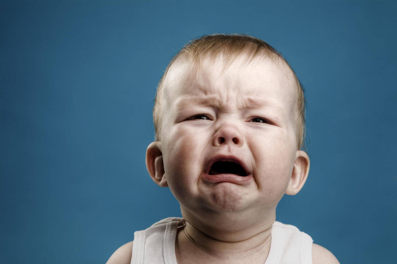 Non bisogna mai ignorare il bambino quando piange.