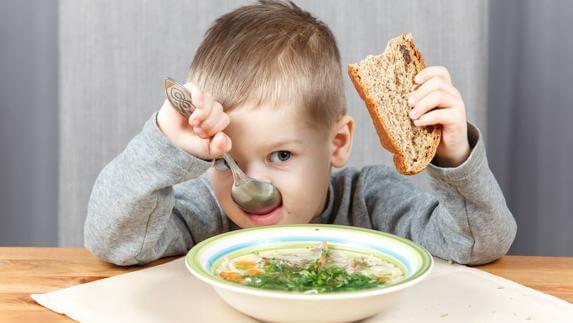 Non obbligare il bambino a mangiare