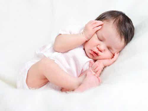 3 consigli per prendersi cura del bimbo appena nato
