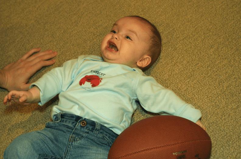 Spesso, la caduta del bebè deriva da incidenti che potrebbero essere evitati