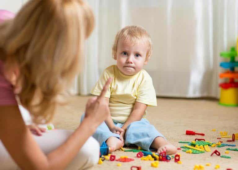 Urlare con i nostri figli: 8 consigli per smettere