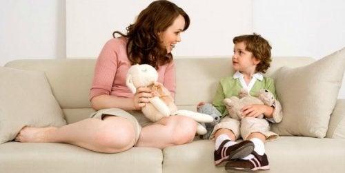 Urlare con i nostri figli non serve a nulla