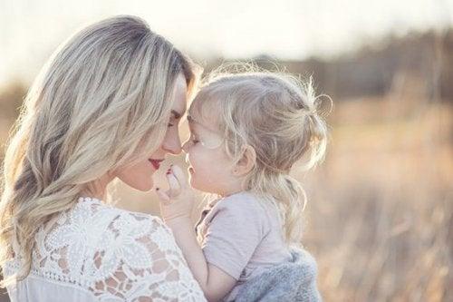 madre e figlia, dono