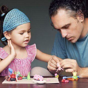 un padre deve insegnare a giocare