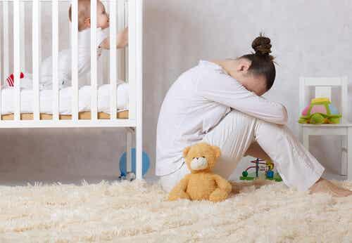 La depressione post-partum: cause, sintomi e consigli per combatterla