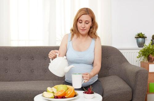 In gravidanza è consigliabile assumere molta frutta