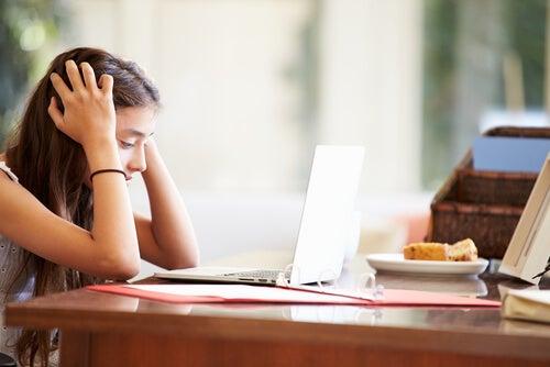 L'iperattività comporta mancanza di concentrazione.