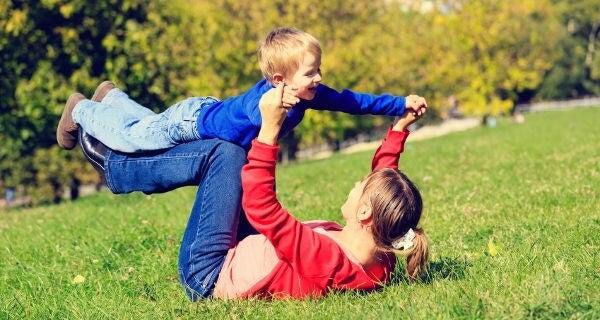 Giochi all'aria aperta con la zia