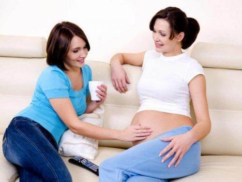 Stimolare i movimenti del feto con la voce
