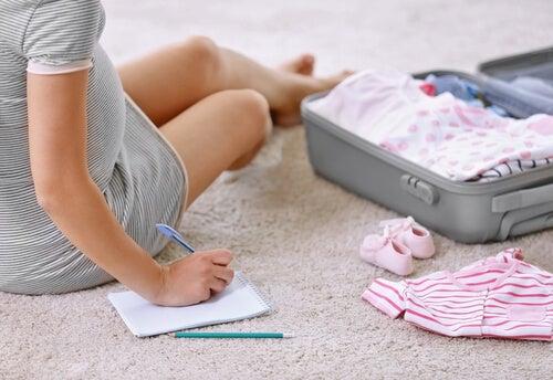 Cosa bisogna portare in ospedale per il giorno del parto?