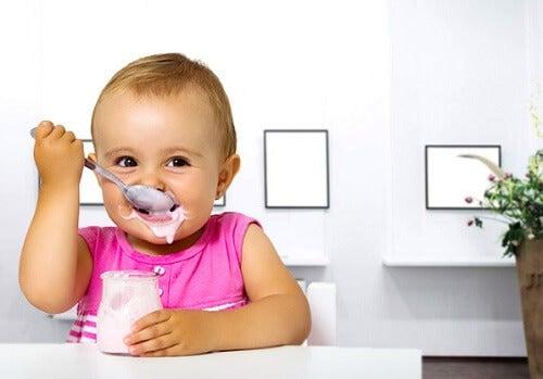 Lo yogurt è una delle merende migliori