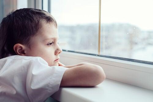 Assenza del gioco nei bambini genera persone isolate