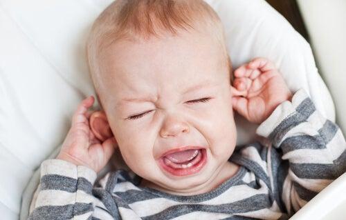 Come evitare l'otite nei bebè