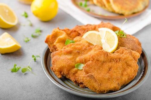Le scaloppine di pollo sono un'ottima cena da preparare in 15 minuti