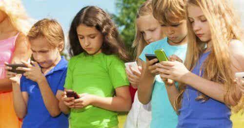 La regola 3-6-9-12 per l'utilizzo della tecnologia nei bambini
